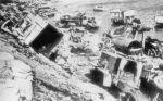Rozbity i porzucony sprzęt niemiecki na brzegu Zalewu Wiślanego