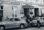 wejście do restauracji Stylowa. Zdjęcie udostępnił Kazimierz Mickiewicz