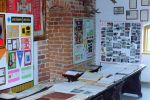 sala tradycji braniewskiego Hufca ZHP, która mieściła się na II piętrze Baszty Harcerskiej. Zdjęcie ze strony 70 lat Hufca ZHP Braniewo.