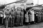 15.03.1959r. nadanie sztandaru 14 Pułkowi Czołgów Średnich. Załogi czołgów T-34 i mieszkańcy Braniewa