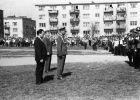 Lata 70-te jedna z uroczystości patriotycznych z udziałem wojska na ul. Kościuszki