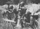 Żołnierze 16 Pułku Artylerii na stanowisku obserwacyjnym podczas poligonu w Drawsku Pomorskim (lata 80-te).