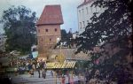 Amfiteatr i Baszta Prochowa w trakcie tzw. Piwowarów. Lata 90-te XX w.