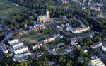 widok z lotu ptaka na Braniewo. Wśród obiektów doskonale widoczna Baszta Prochowa, będąca atrakcją Amfiteatru Miejskiego